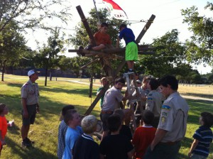 Troop 570 builds a tower for Pack 895 Scout Adventure